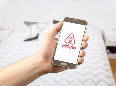 digital door lock for airbnb