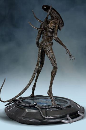 Alien Hollywood Collectibles