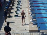 Nowacka saindo da água