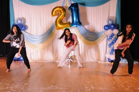 Sister and Cousins awesome dance