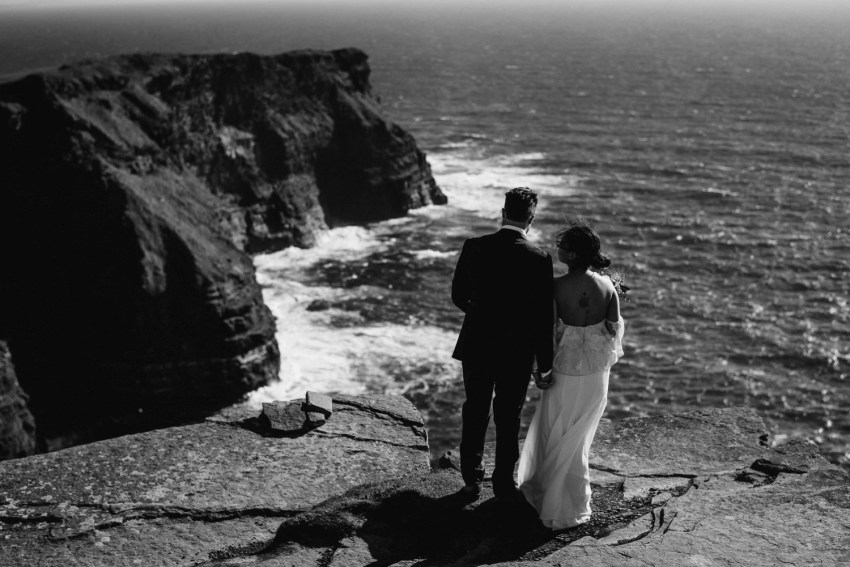 Cliffs Of Moher Elopement_0045.jpg