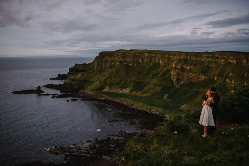 Elopement Giants Causeway Engagement_0022.jpg