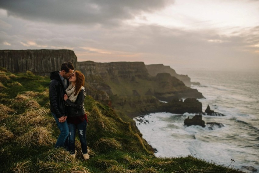 Dunluce Castle Engagement Photographer_0058.jpg