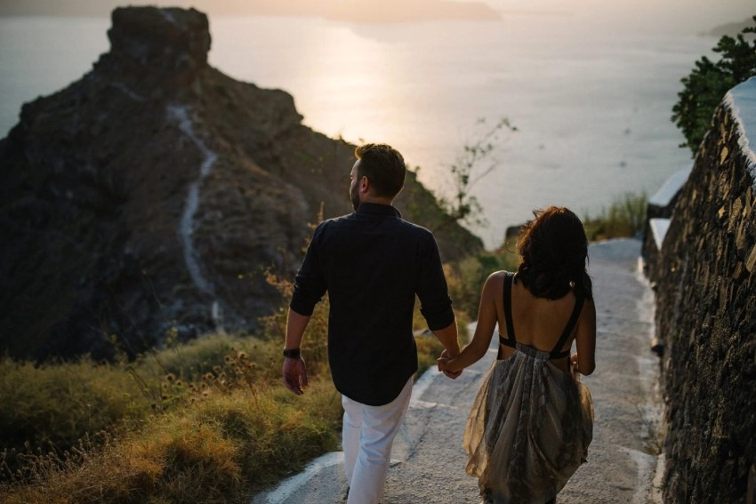 Santorini Engagement Photographer_0028.jpg