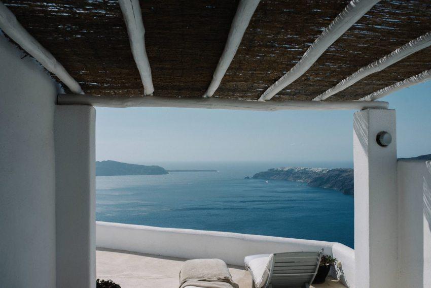 Santorini wedding photographer Rocabella Hotel_0011.jpg