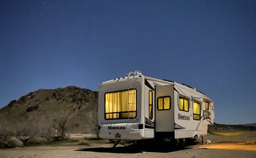An Epic off-grid 2006 Keystone Montana 3475RL For Sale!