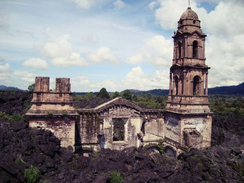 San Juan Parangaricutiro, Puerto Rico