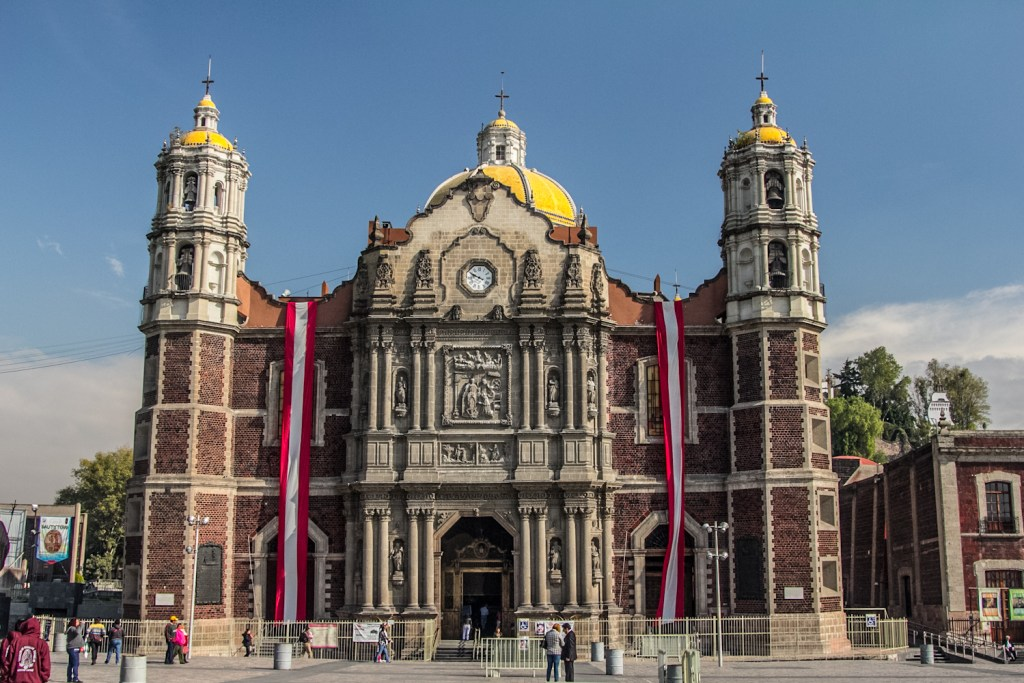https://theodysseyonline.com/unc/mexico-citys-top-must-see-places/201497