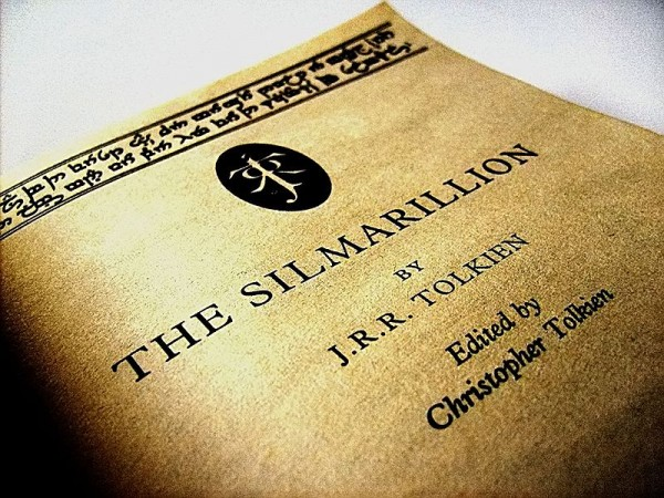 Peter Jackson Announces Plans for 72-Part Movie Series of The Silmarillion