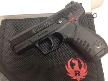 Ruger SR22 Pistol with Bag