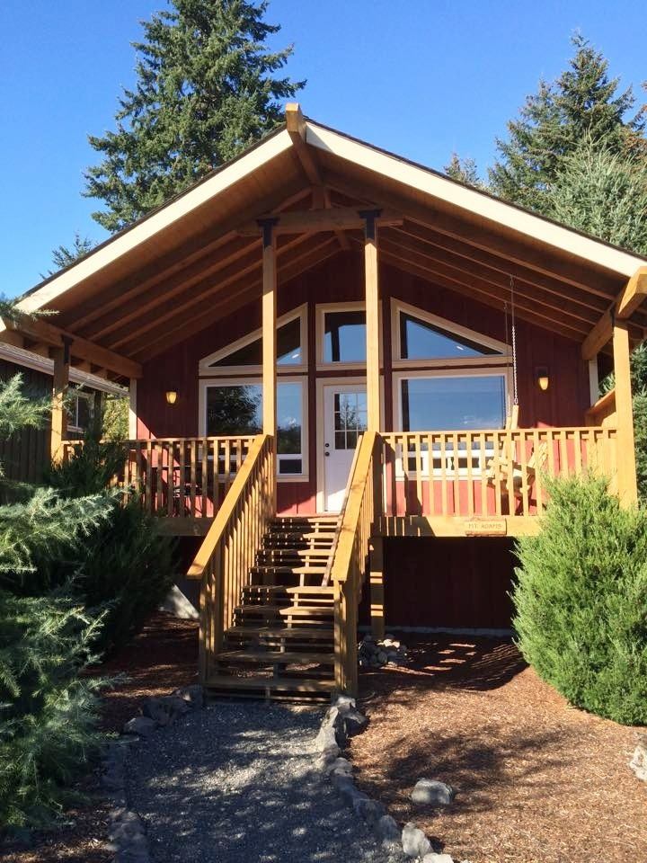 Carson Ridge Luxury Cabins in Stevenson, Washington.
