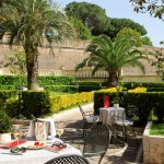 grand-hotel-gianicolo-garden-table.jpg.1024x0