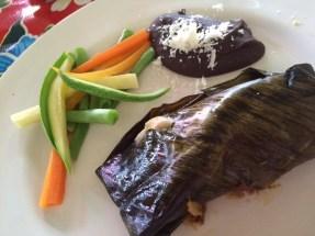 Tamales con Mole Poblano