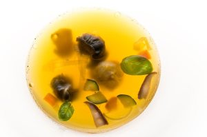 Snail broth with canerderli