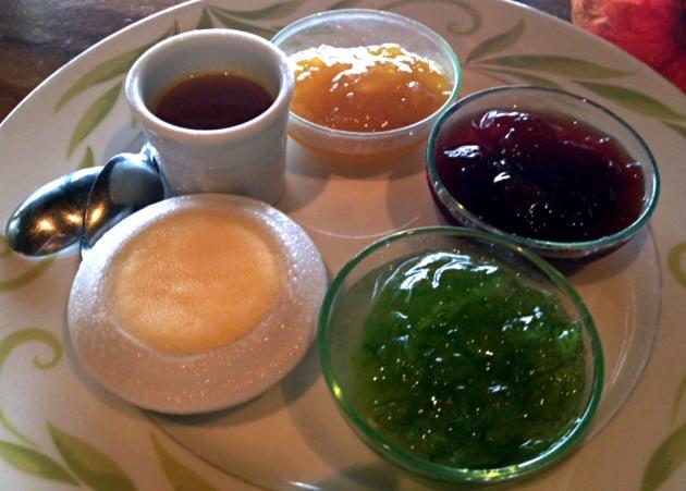 Breakfast jams at Vahine