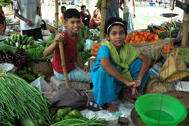 child street vendors