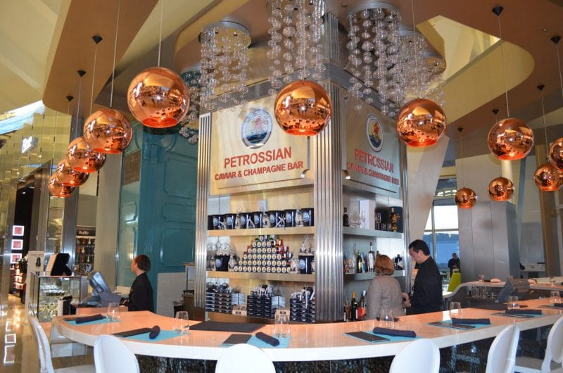 airport restaurants