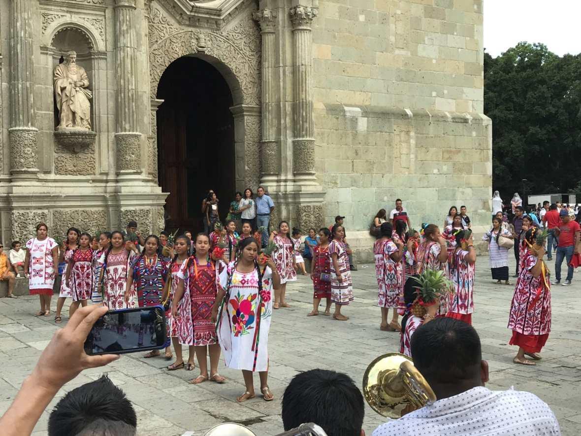 Oaxaca travel traditional dance