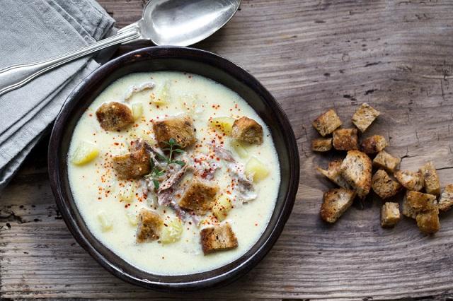 Soupe de pommes de terre au canard confit | Photo F.Hamel | www.epicuriendusud.com