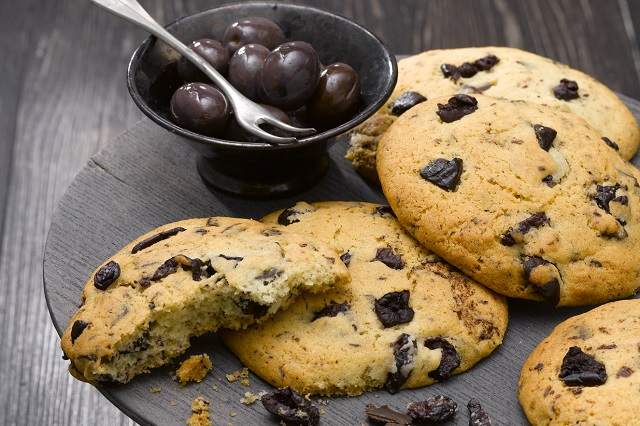 Cookies_chocolat_noir_olives_violettes_credit_photo_Ph.Asset.640
