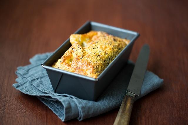 Cake moelleux au quinoa | Photo F.Hamel | www.epicuriendusud.com