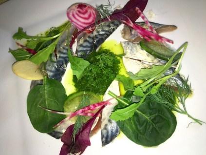 Bouchon | Ollioules | Sashimi de maquereau | www.epicuriendusud.com