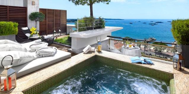 Le Grand Hôtel Cannes *****   Chambre Jacuzzi