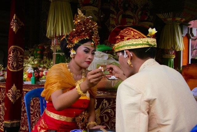 Bali traditions, weddings