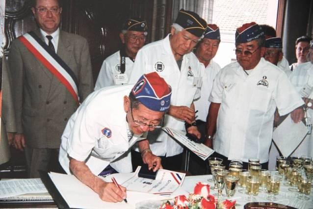 Réception Mairie de BRUYERES Mai 2001 (Copier)