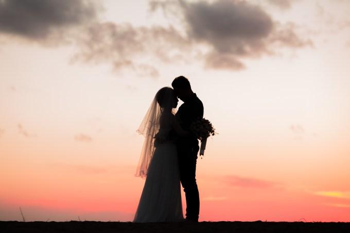 年上 男性 人 恋愛 10歳差 結婚