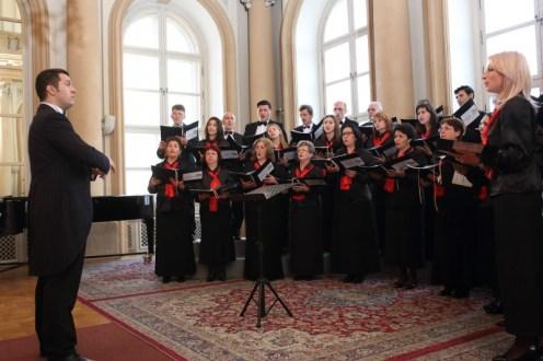 Corul Arhanghelii, dirijor drd. Marius Popa