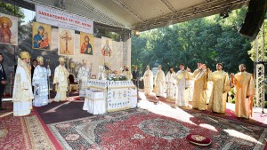 Sf-Nifon-sarbatorit-la-Targoviste-1