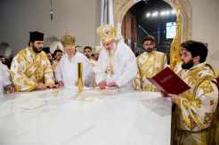 Sfintire-si-prima-liturghie-la-Catedrala-Mantuirii-Neamului-8.x71918