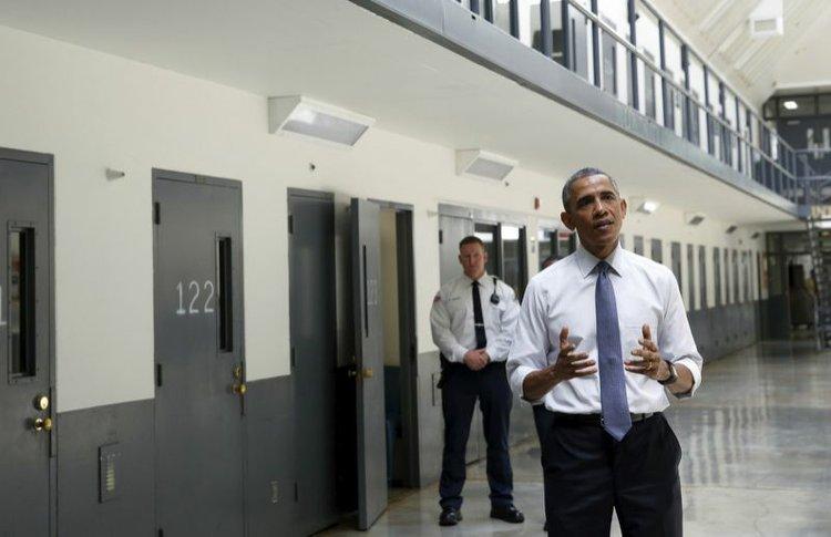 Obama pushes for sentencing reform at law enforcement ...