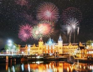 Šťastný nový rok: Ve jménu rachejtlí i barev