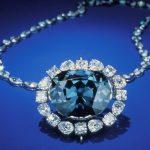 Diamant Naděje: Smrtící kletba smete každého, komu se dostane do ruky