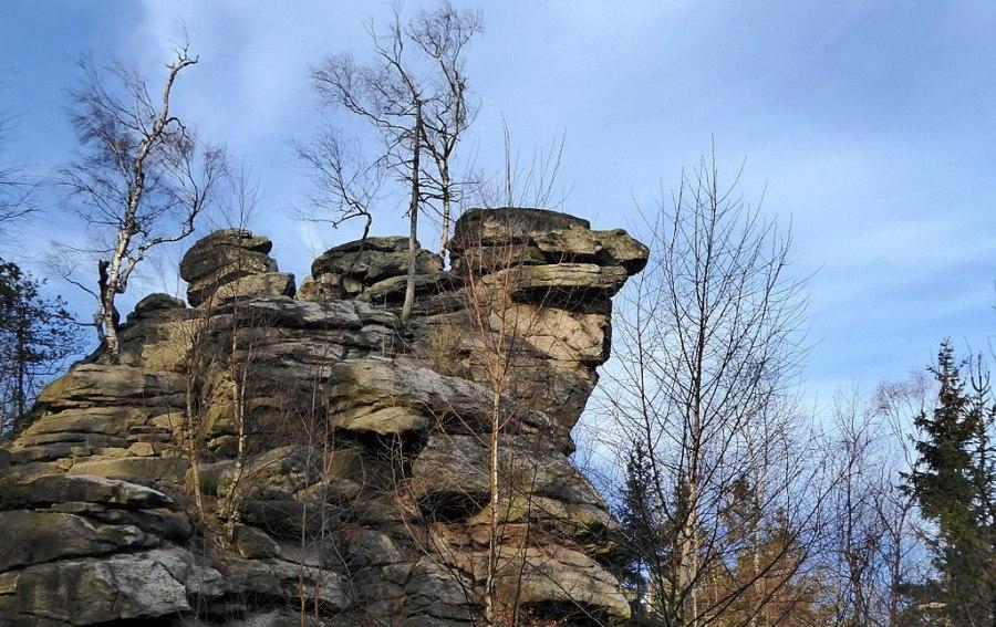 Devět skal a Milovské perničky