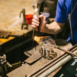 Sklárna a pivovar v Harrachově
