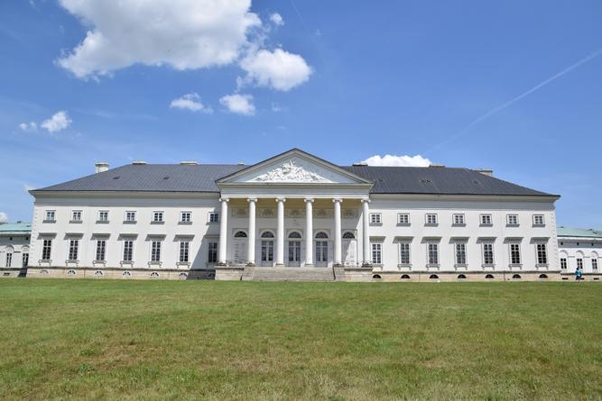 Empírová Kačina: Bílý dům Česka