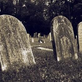 6 zapomenutých morových hřbitovů