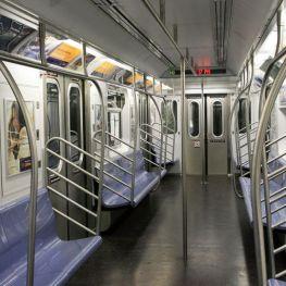 10 zajímavostí z podzemí New Yorského a Dubajského metra