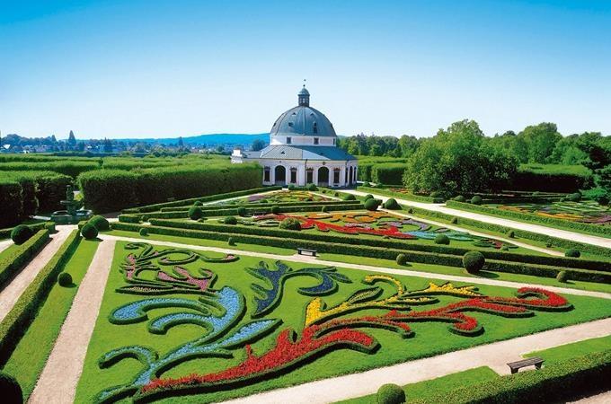 Zlínský kraj: Víno, hory i lázeňská pohoda