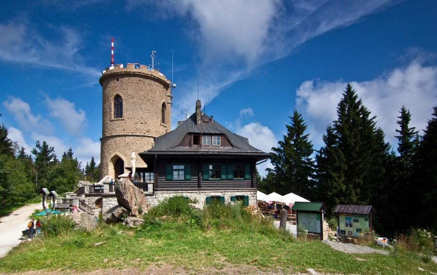 3 krásné výhledy jižních Čech: Kleť, Baba a Stezka korunami stromů