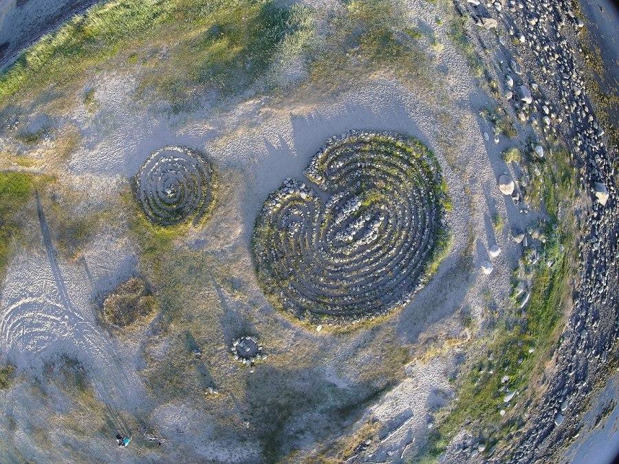 K čemu sloužila kamenná bludiště na ostrově v Oněžské zátoce?