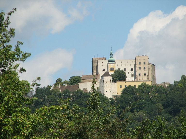 Neobjasněná vražda na hradě Buchlov: Čí ruka propíchla pruďasa Jindřicha Prakšického?