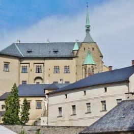 Hrad Šternberk: Hrdé sídlo neohroženého královského číšníka