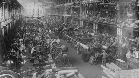 Účastníky výpravy čeká i podrobná prohlídka Kruppových zbrojařských závodů.