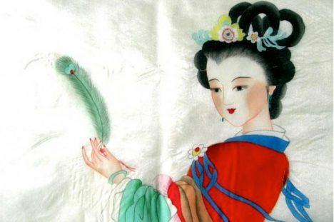 Číňanky si potrpí na dokonalou úpravu nehtů a klidně kvůli ní trpí.