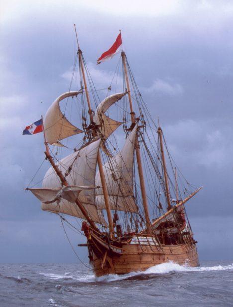 Čí loď jako první dosáhla australských břehů, o to se dodnes vedou spory.