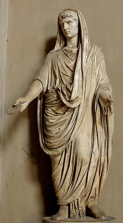 Římský císař Augustus obléká tógu a vyžaduje to i od svých poddaných.